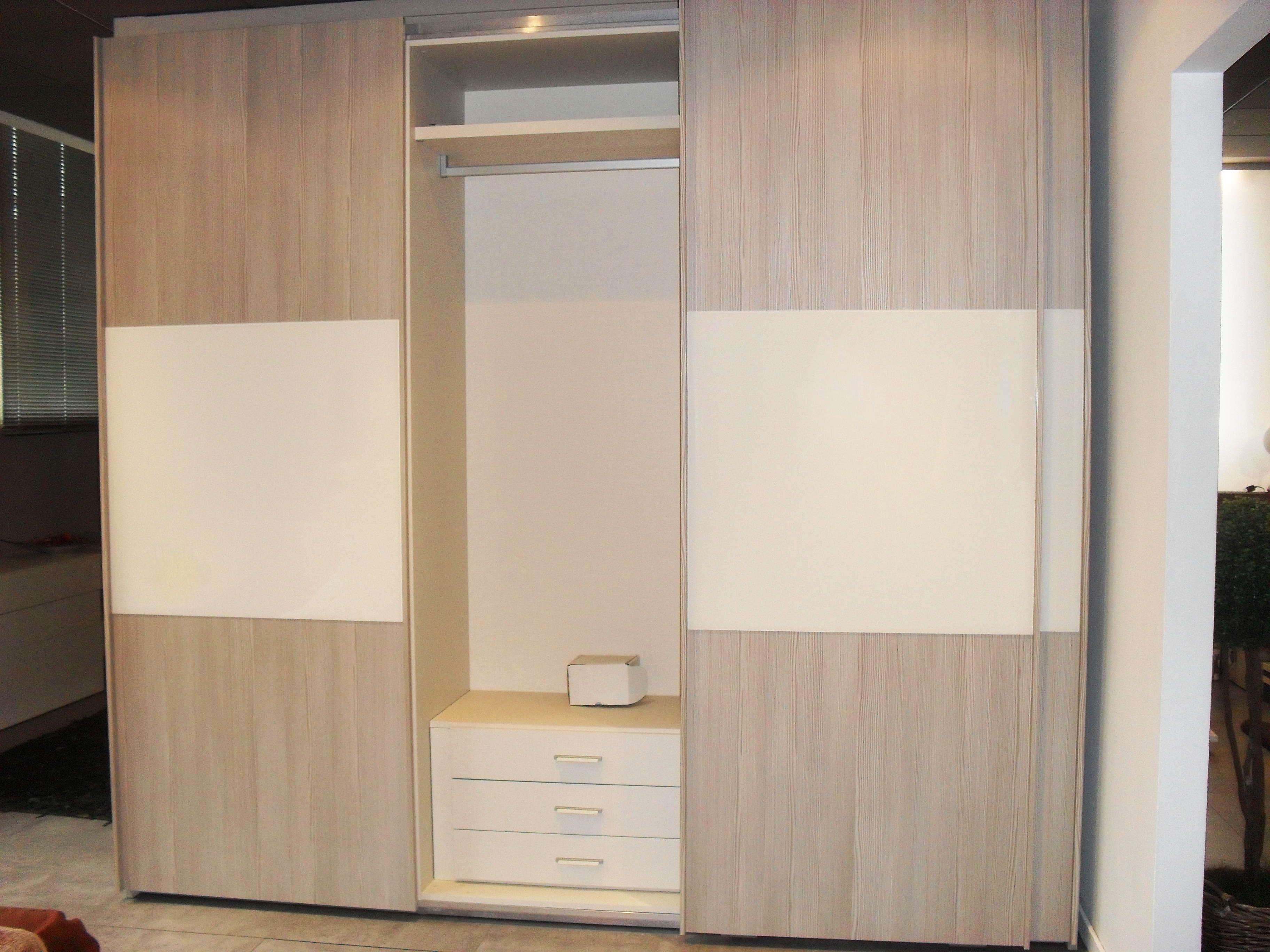 Centrale Colore Bianco Laccato Come Foto Letto Matrimoniale Pictures  #7E684D 3648 2736 Mobiletto Lavandino Cucina Ikea