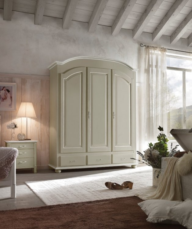 Armadio a tre ante in legno stile provenzale - Armadi a prezzi scontati