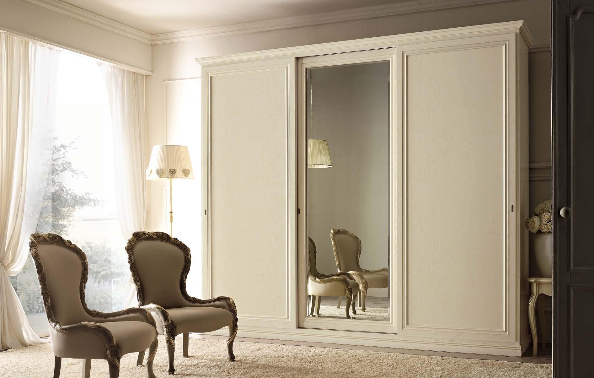 Armadi scorrevoli particolari - Specchio in legno ...