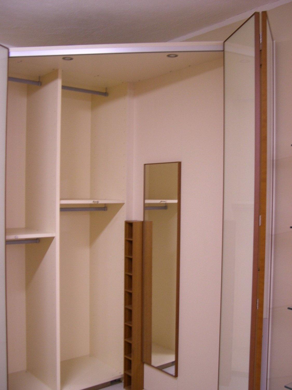 armadio angolare con cabina armadi a prezzi scontati