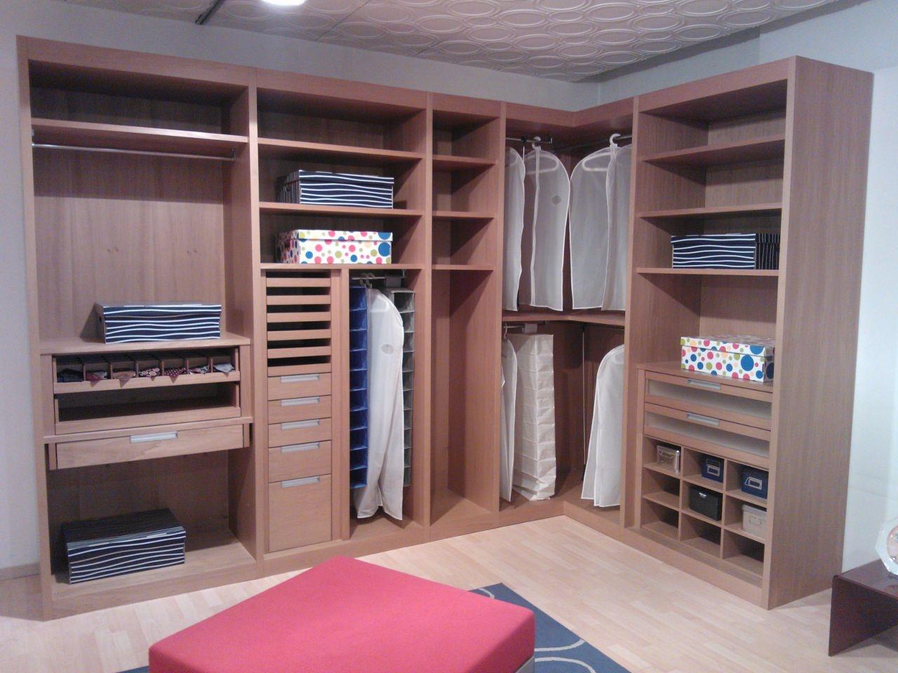 Armadio angolare prezzi: armadio angolare in camera da letto ...
