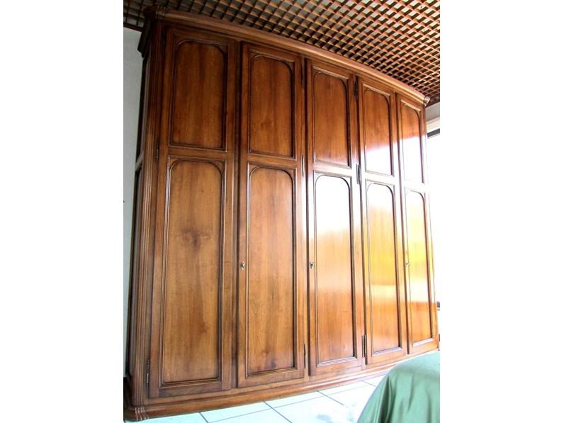 Armadio Classico a cinque ante legno massello