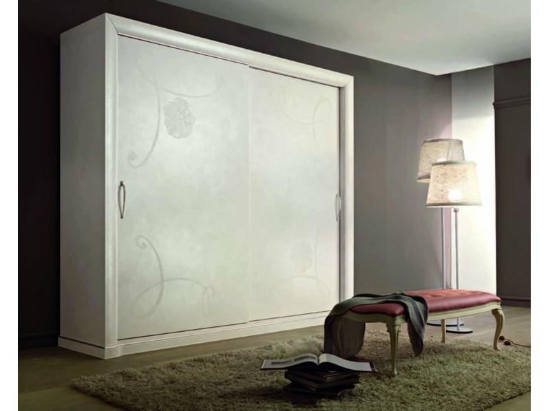 Armadio classico lucia ditta ingressostil di artigianale for Armadi design outlet