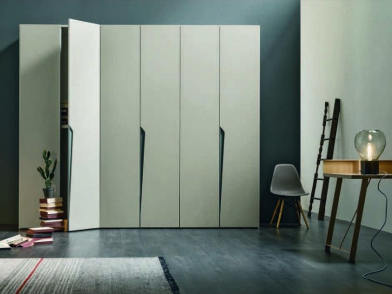 Armadio con ante battenti design drop tomasella a prezzo for Outlet armadi design