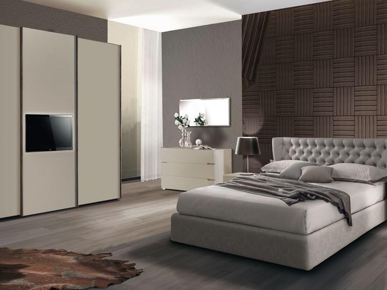Armadio con ante scorrevoli moderno four p tv giessegi a - Camera da letto con tv ...