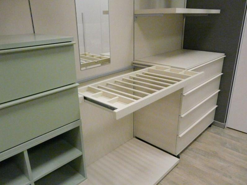 Neon Per Cabina Armadio : Armadio con cabina armadio moderno cabina armadio giessegi di