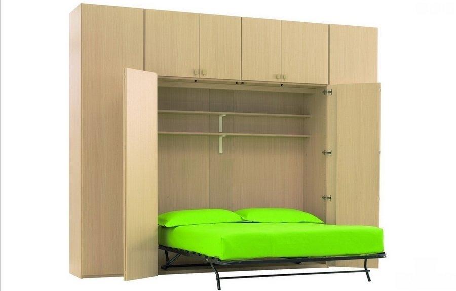 Molto armadio con letto sopra os42 pineglen for Armadi prezzi bassi