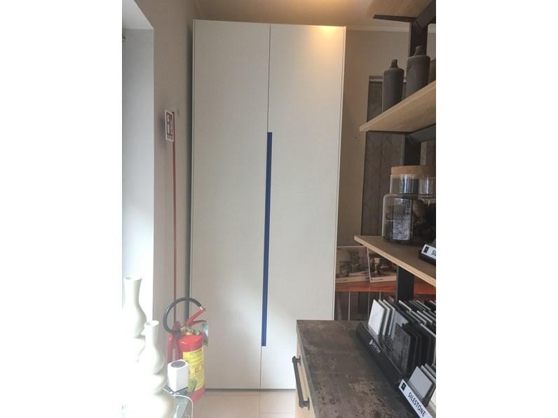 armadio lineare due ante battenti Moretti Compact, scontato 63 ...
