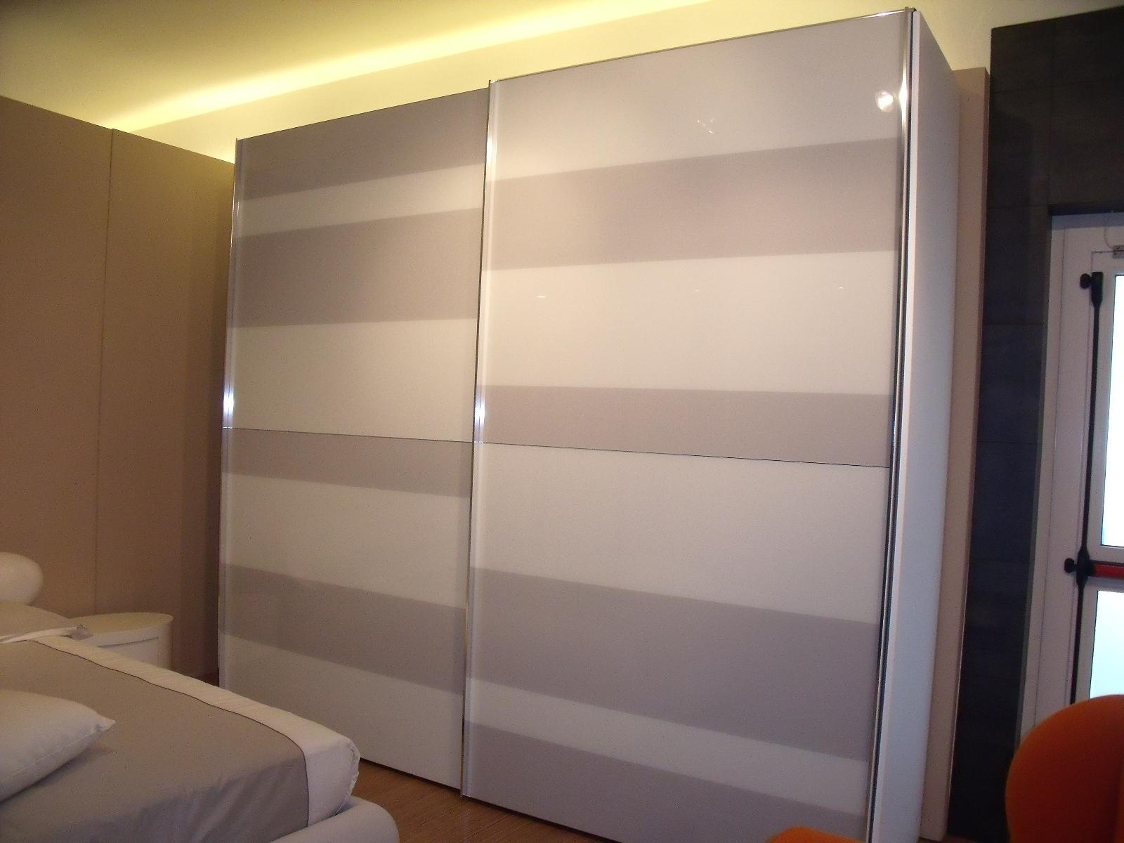 Lampadario bagno ikea - Ikea armadi a muro ...