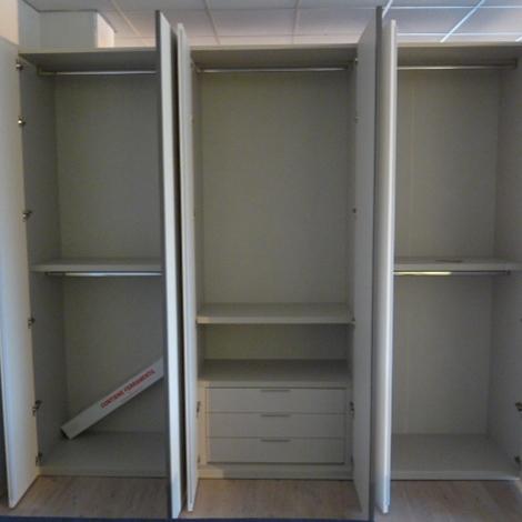 Portacravatte per armadio abbinamento mobili classici e moderni - Abbinamento mobili classici e moderni ...