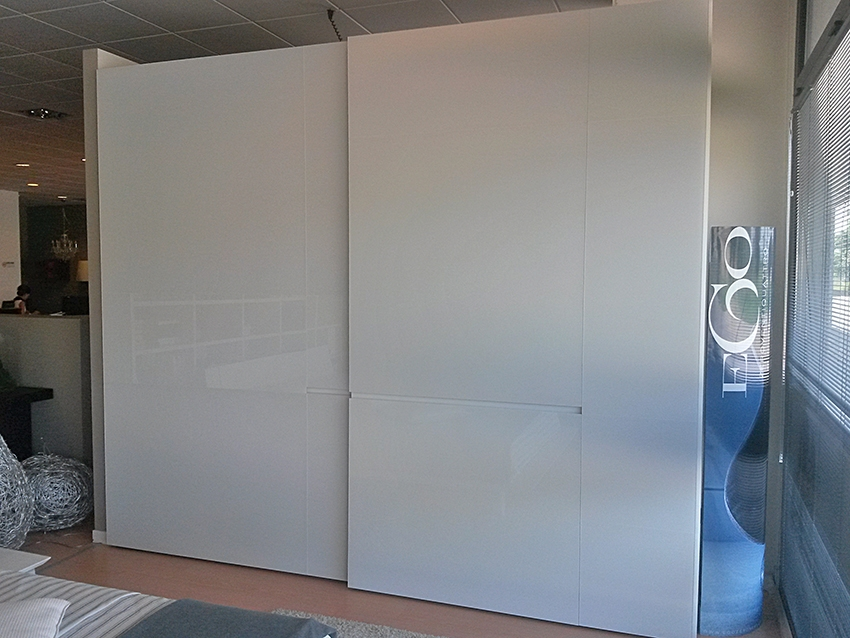 Armadio pianca crea con ante in vetro armadi a prezzi - Portacravatte per armadi ...