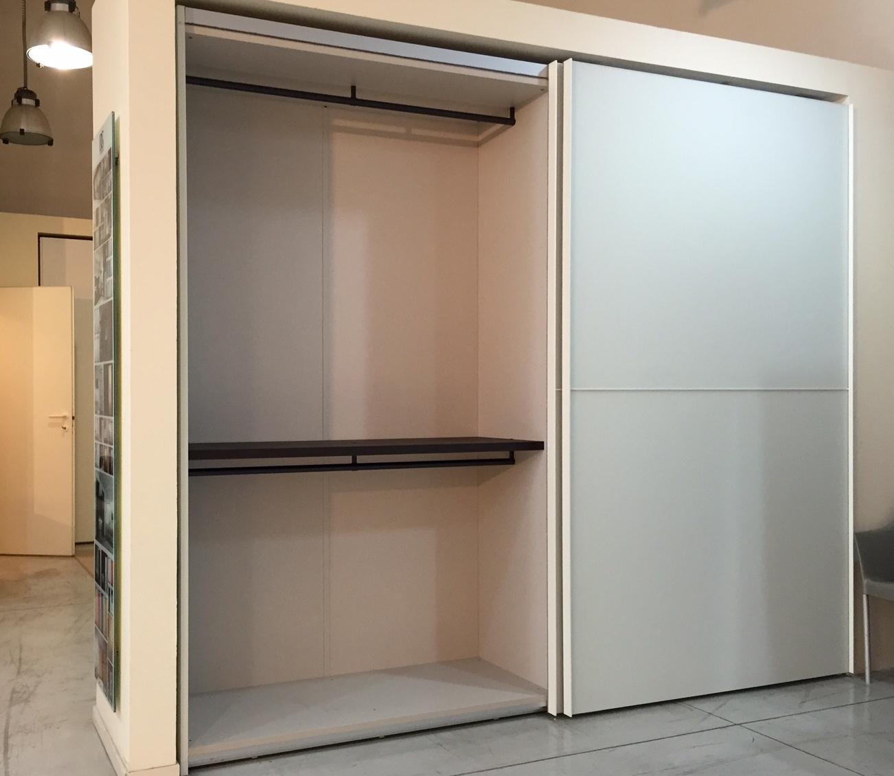 Armadio sangiacomo twin vetro satinato bianco design - Armadi porte scorrevoli ...