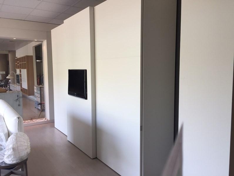 Armadio serenissima programma spazio design for Spazio 5 arredamenti