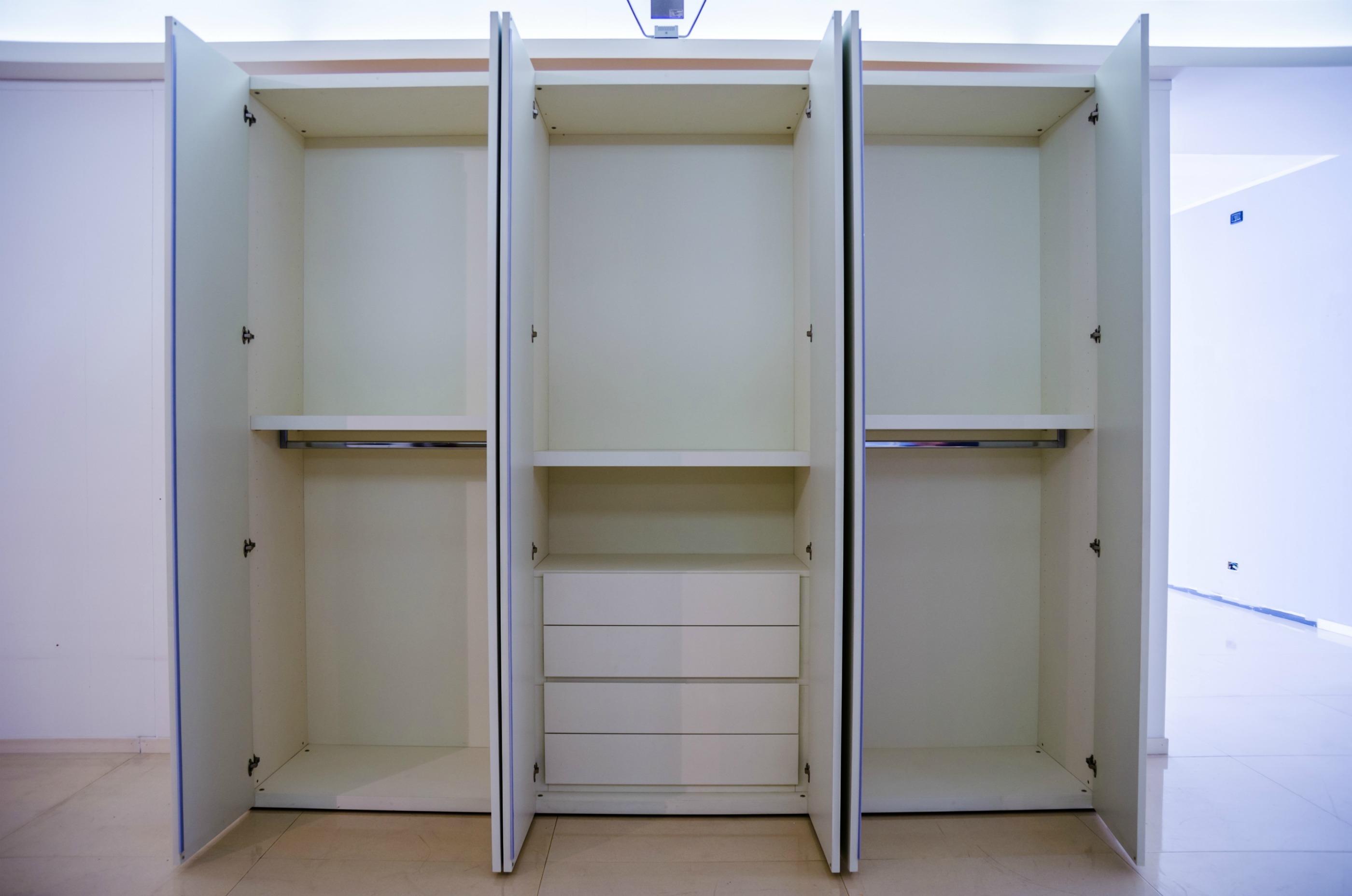 Cabina armadio piccola misure awesome misure cabina armadio with cabina armadio piccola misure - Ikea armadi a muro ...