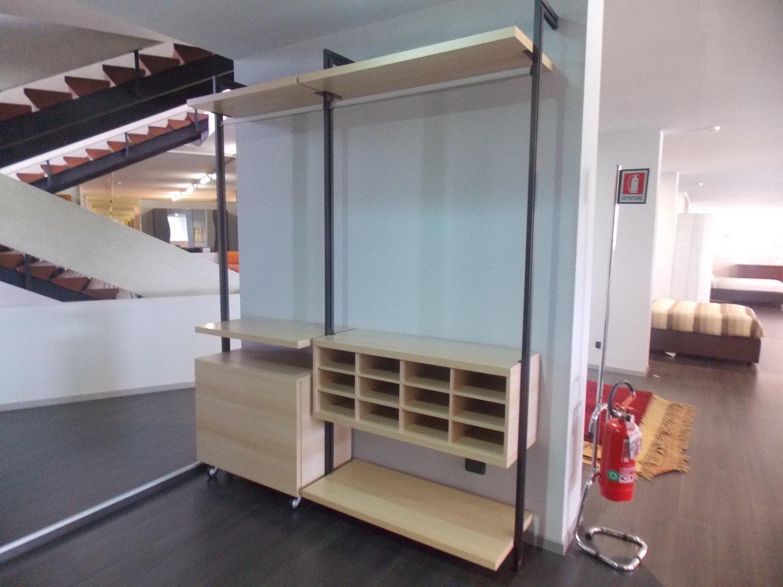 Cabina armadio faggio con tubi armadi a prezzi scontati - Armadio con angolo cabina ...