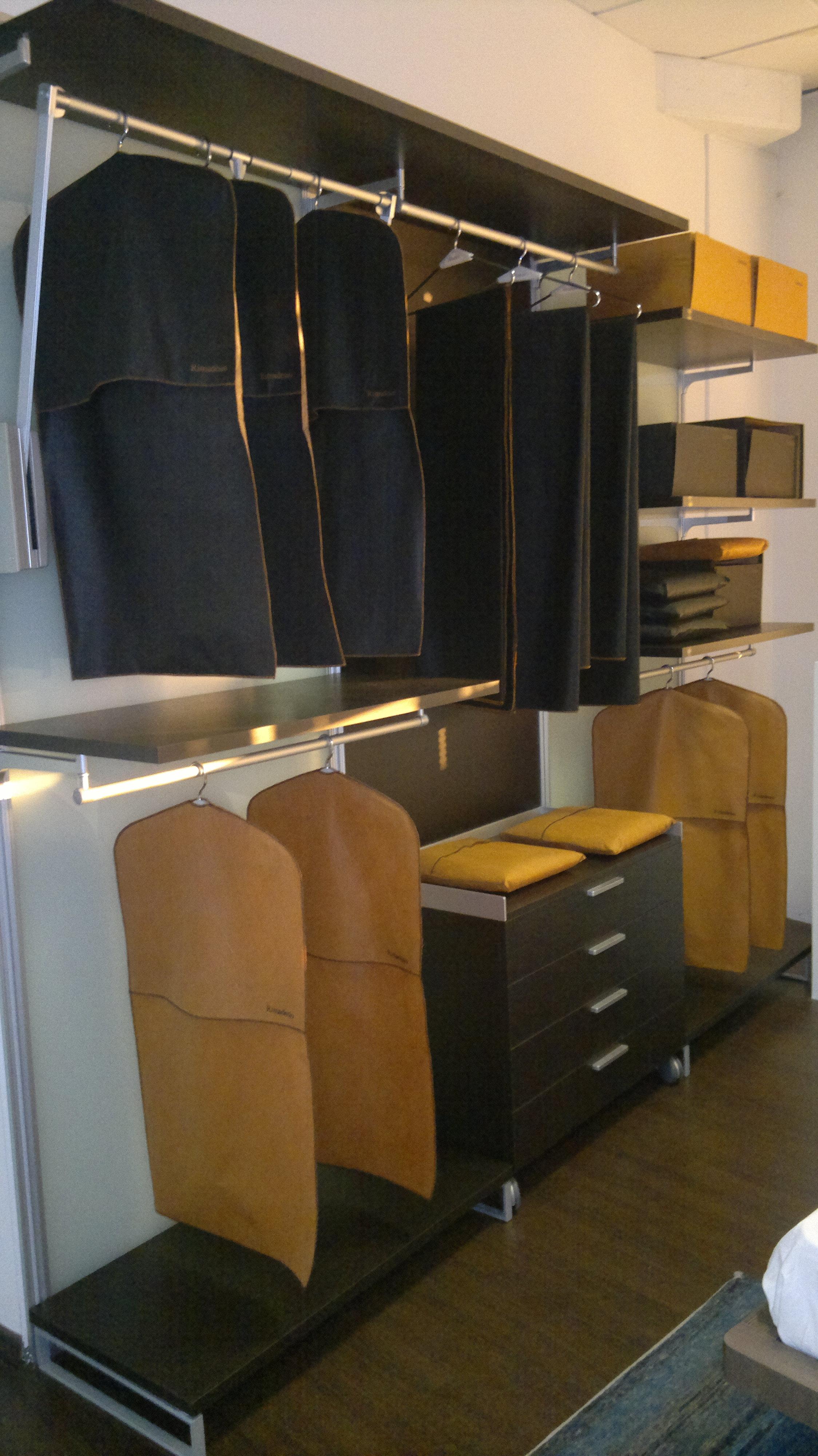 cabina armadio rimadesio 13247 armadi a prezzi scontati. Black Bedroom Furniture Sets. Home Design Ideas