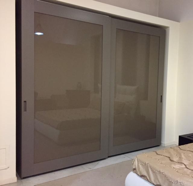 Doimo design armadio telaro legno vetro design vetro for Armadi design outlet