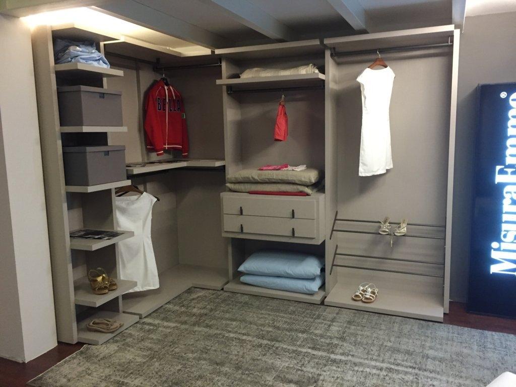 Millimetrica cabina armadio misuraemme scontata 38 for Cabina armadio outlet
