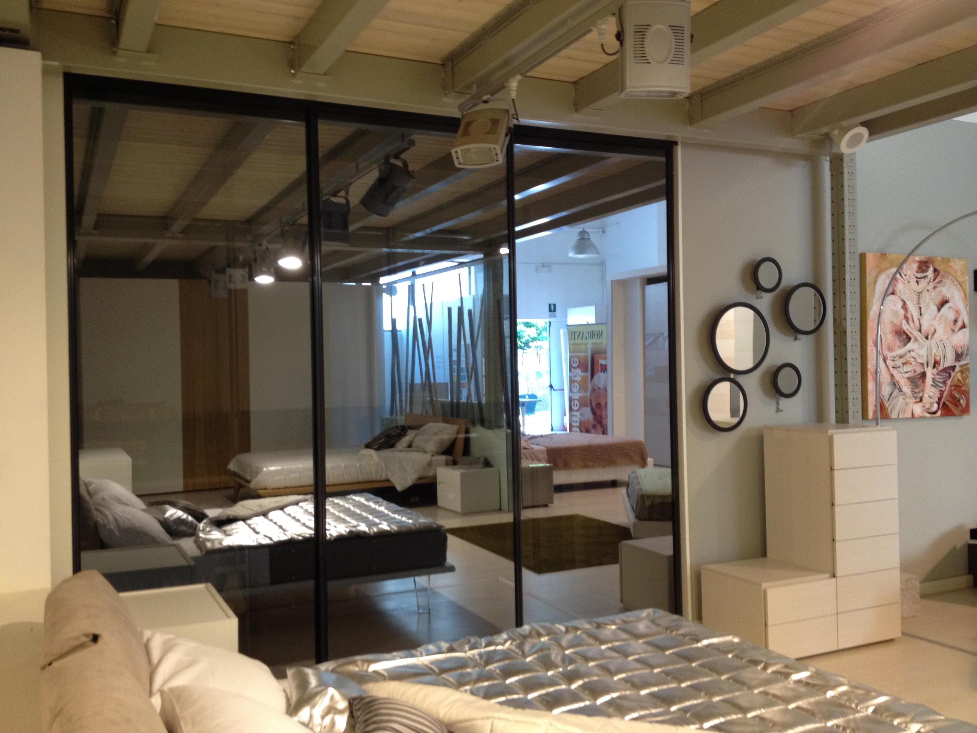 Porte scorrevoli round zemma per cabina armadio armadi for Cabina armadio