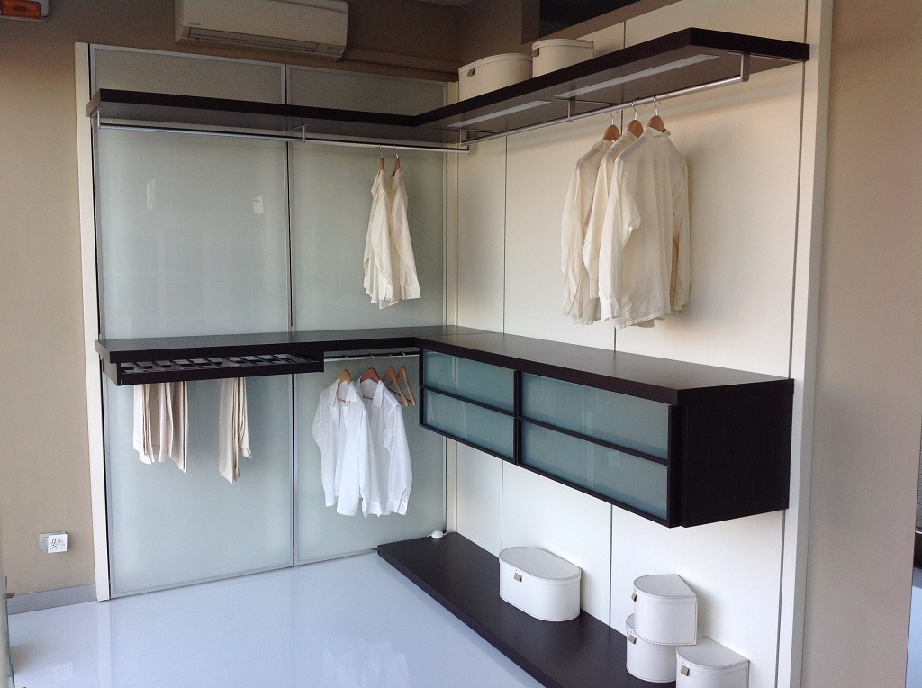 Pianca cabina armadio antemprima moderno laminato opaco for Armadi pianca