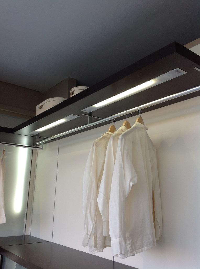 illuminazione per armadi - 28 images - come illuminare la cabina ...