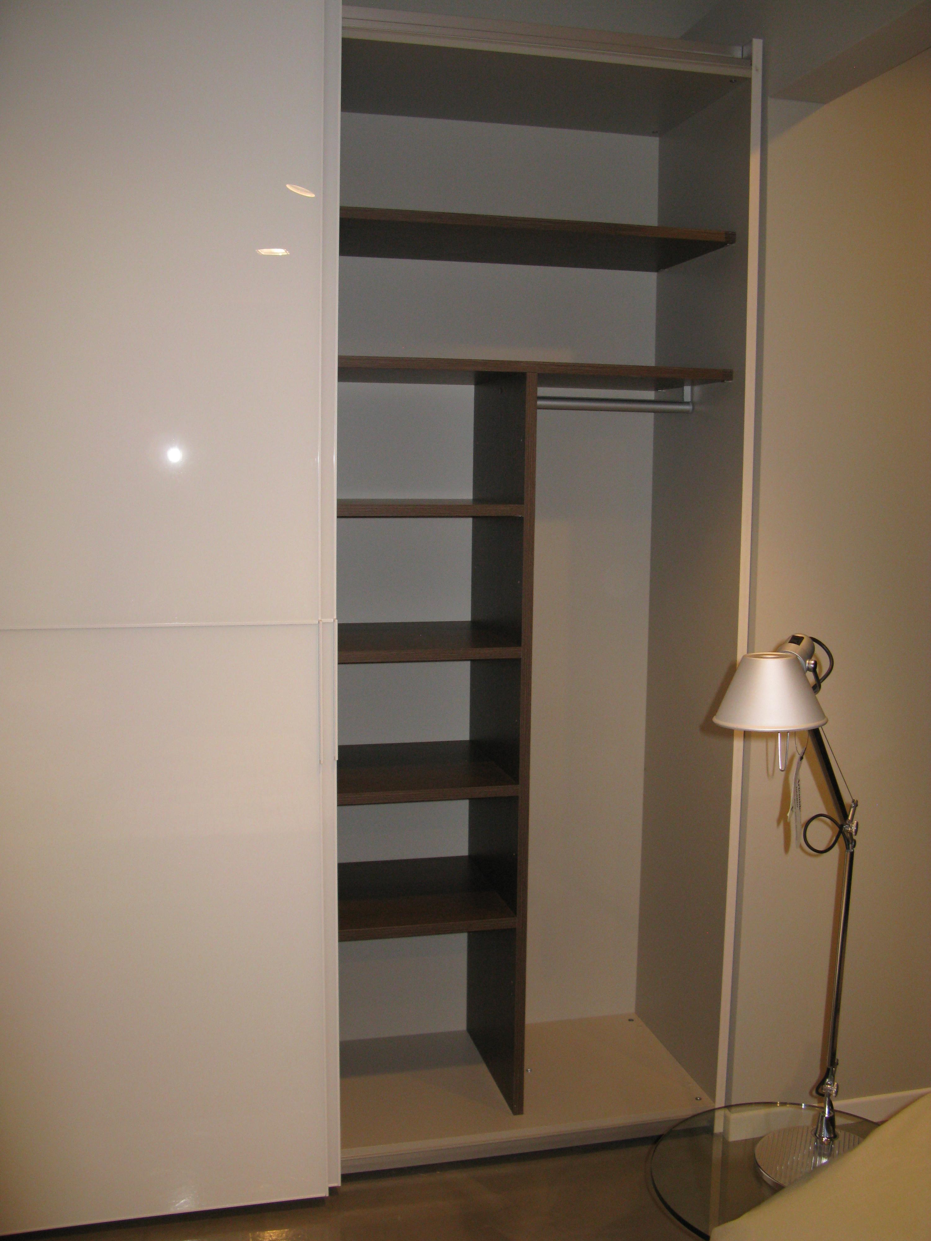 Zalf armadio glassy 30 design vetro ante scorrevoli for Armadi design outlet