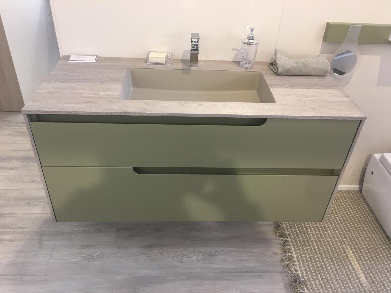 Cerasa ryo 2016 scontato del 30 arredo bagno a prezzi for Arredo bagno 2016