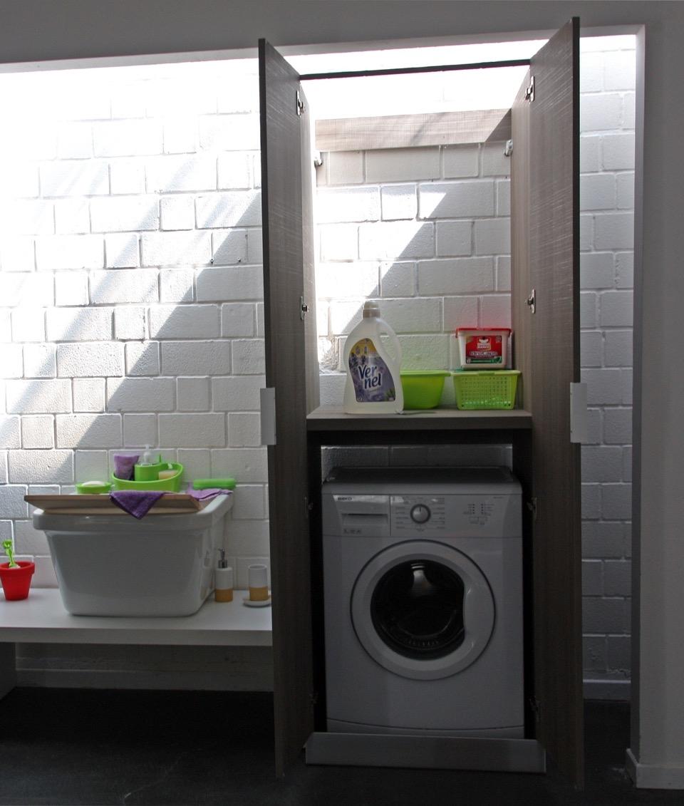 Compab armadio portalavatrice moderno laminato arredo for Mobile armadio bagno