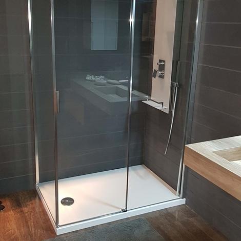Outlet colonna doccia fly a parete arredo bagno a prezzi - Arredo bagno doccia ...
