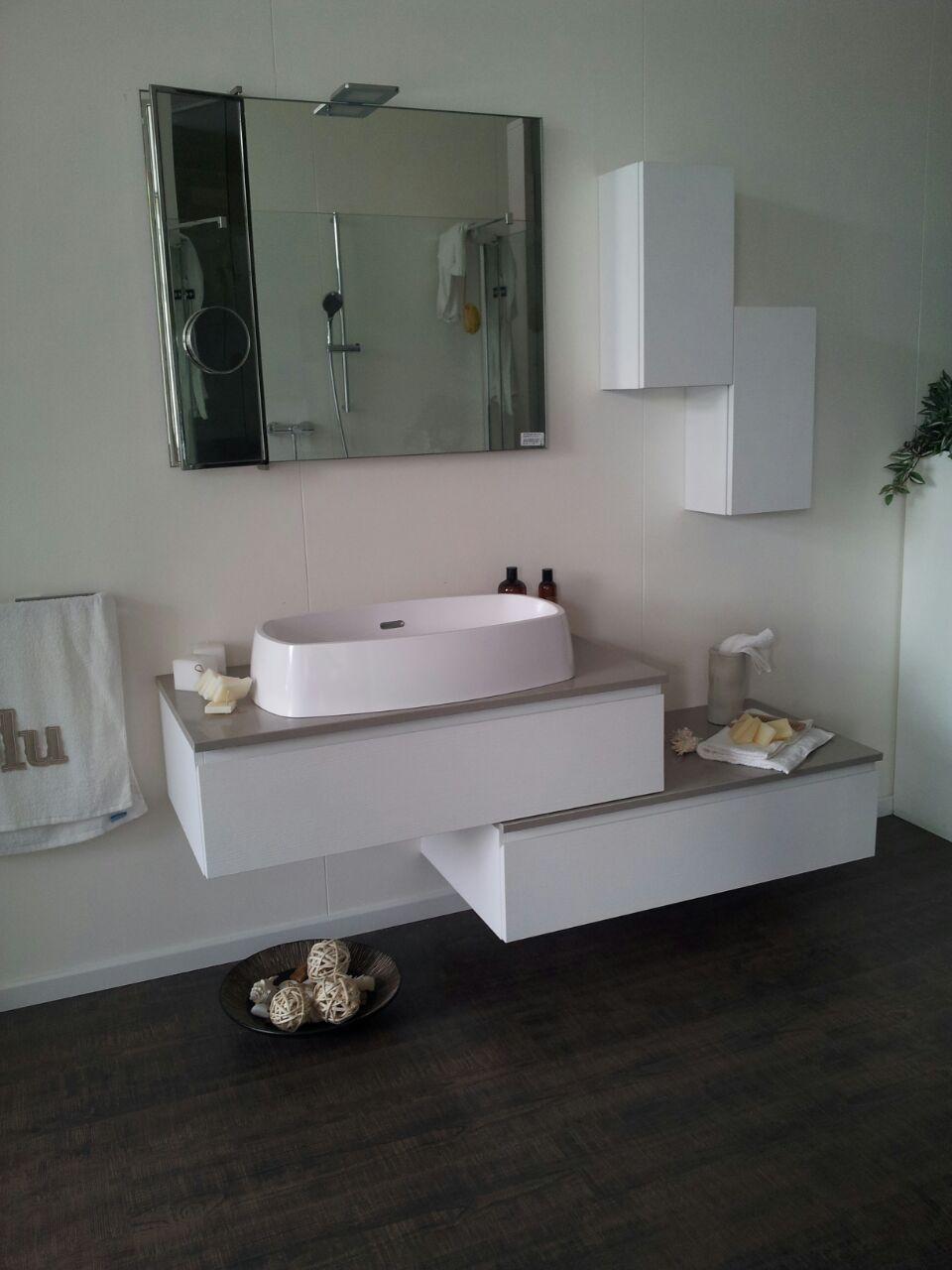 Scavolini scavolini mod rivo design arredo bagno a - Arredo bagno scavolini prezzi ...