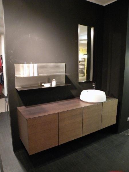 Beautiful Camera Nascosta Bagno Contemporary - New Home Design ...