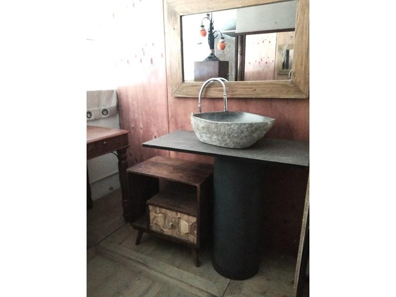Arredamento bagno mobile outlet etnico bagno colonna for Arredo bagno design outlet