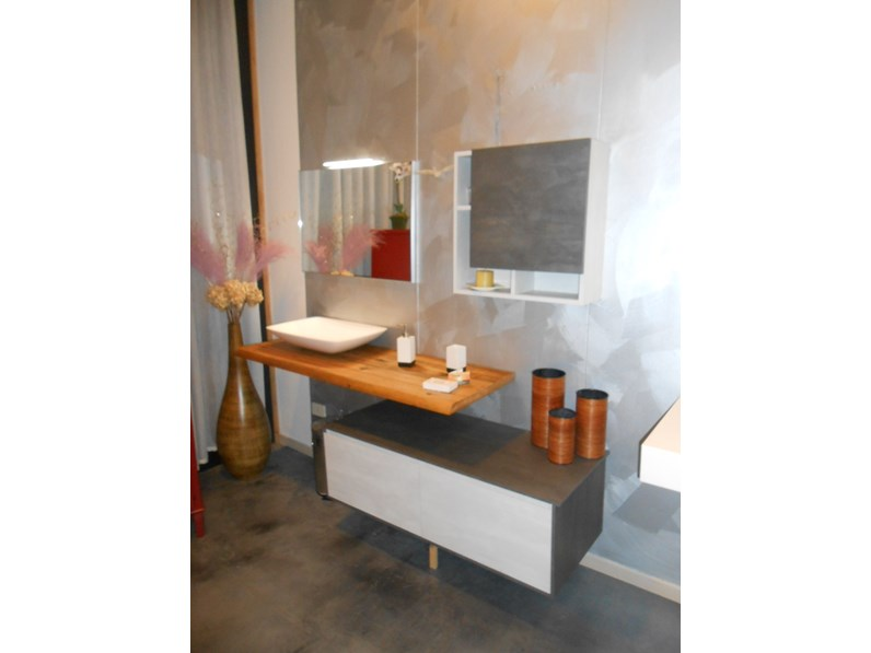 Arredamento bagno mobile punto tre cornici a prezzo outlet for Arredo bagno outlet