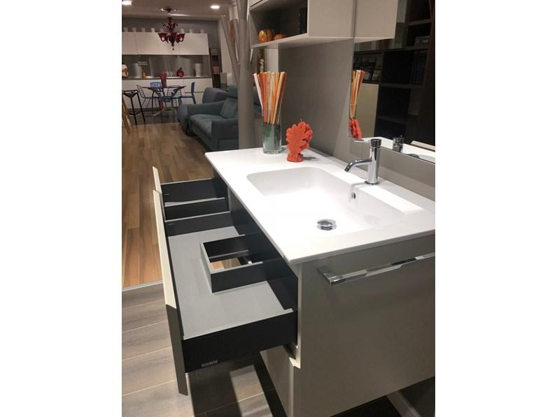 Arredamento bagno mobile scavolini bathrooms rivo con top for Arredamento in offerta