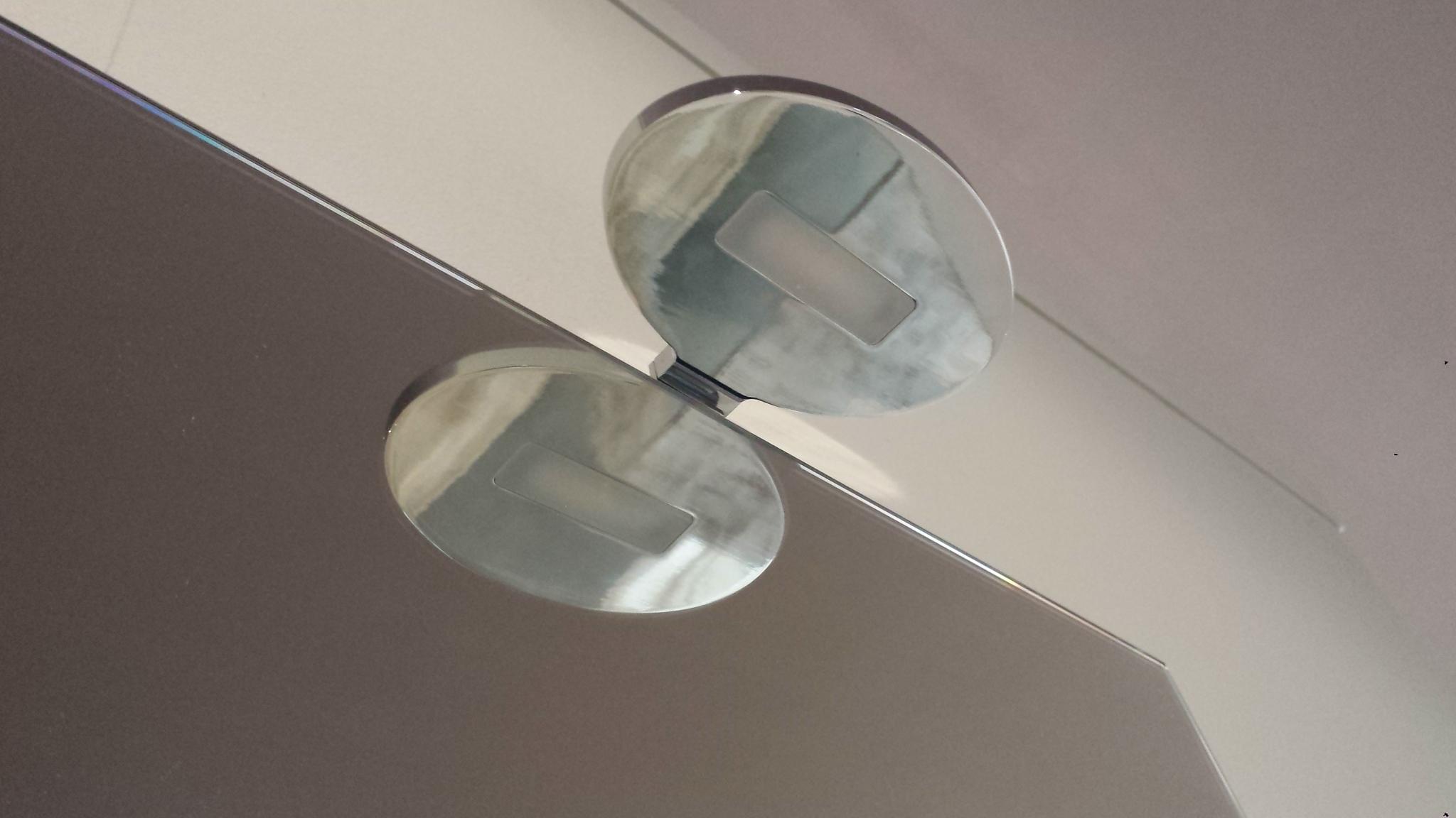 Mobili bagno rinnovo esposizione idee di design per la casa for Vendita mobili bagno da esposizione