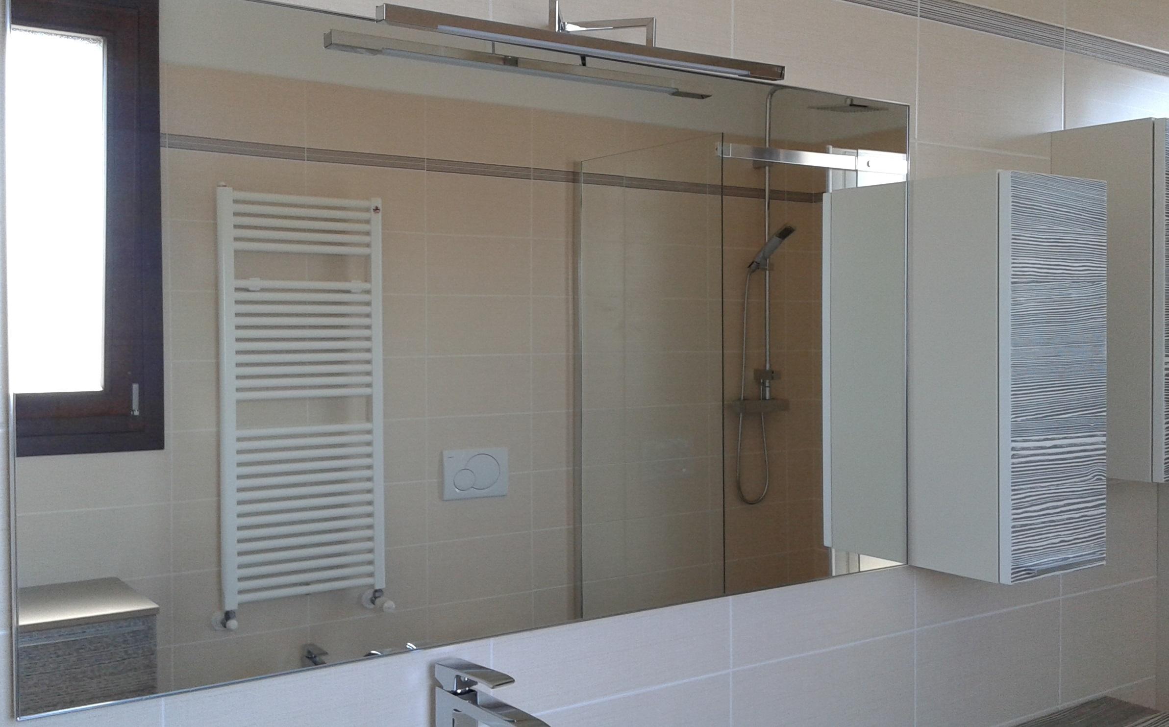 Arredo bagno completo arredo bagno a prezzi scontati - Smalto piastrelle bagno ...