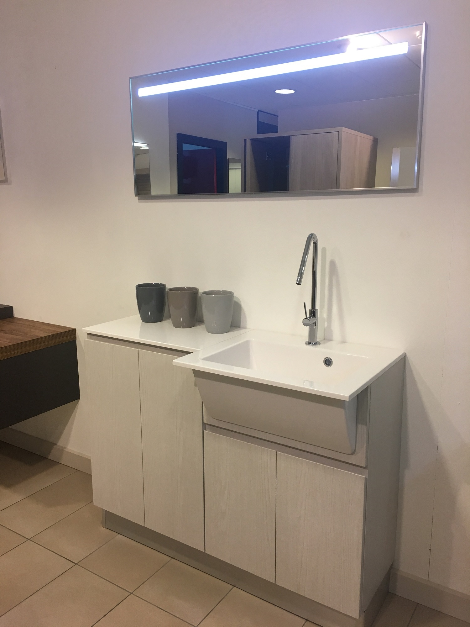 Arredo bagno lavanderia idrobox di birex scontato del 40 - Bagno di servizio con lavanderia ...