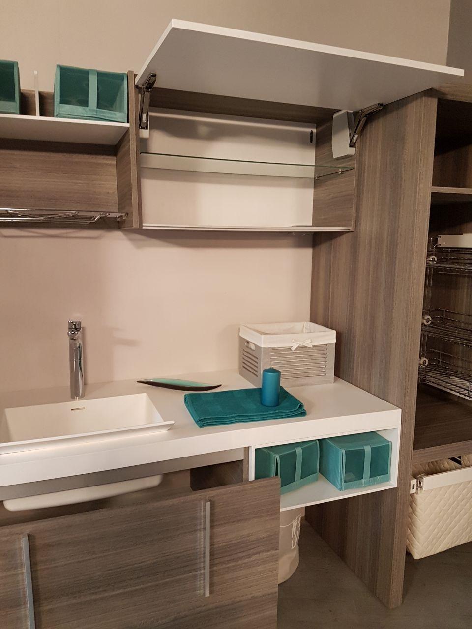 Azzurra bagni lavanderia scontato del 30 arredo bagno for Arredo bagno desio