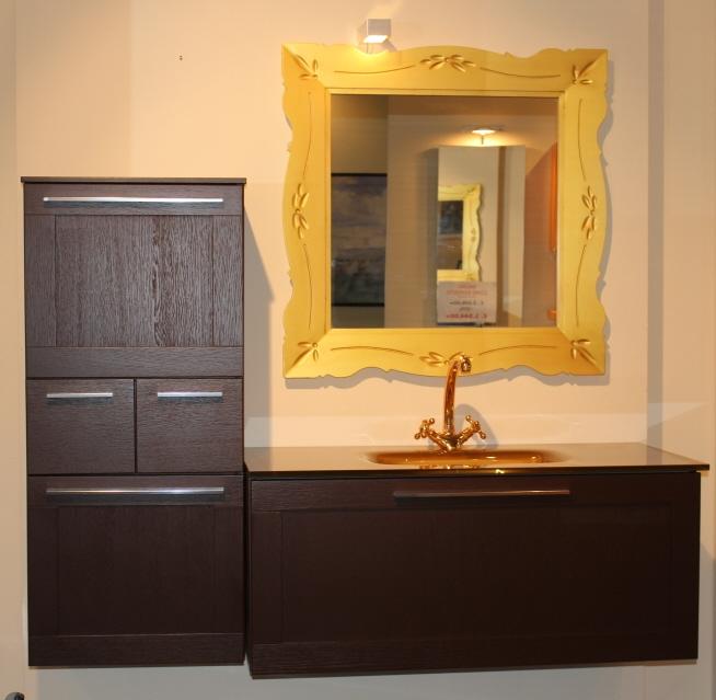 Specchio bagno con luce wap disegno bagni specchio per - Specchio per bagno con luce ...