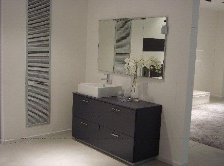 Casa moderna roma italy mobili lavabo bagno offerte for Offerta mobili bagno sospesi