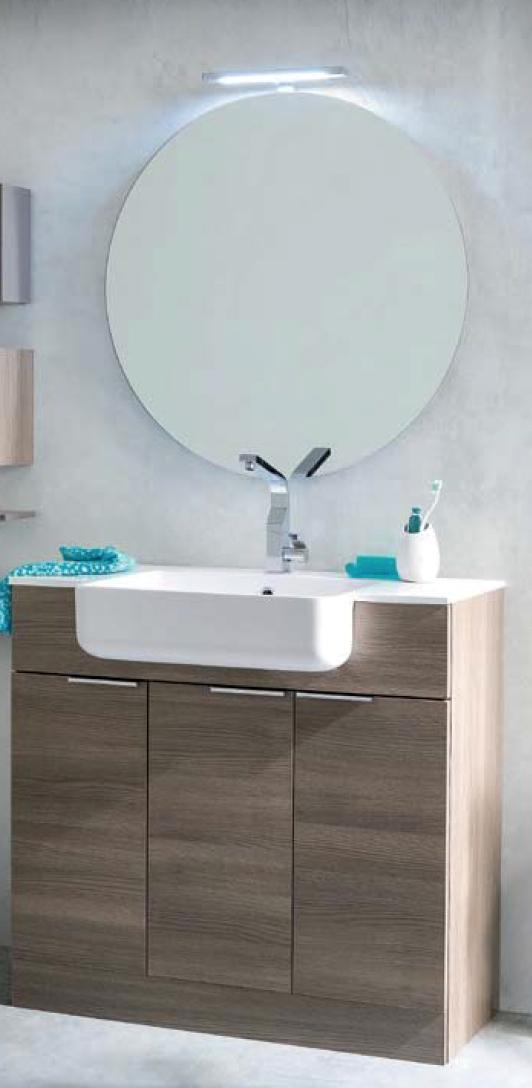 Bagno con piano in geacryl completo arredo bagno a for Arredo bagno completo prezzi