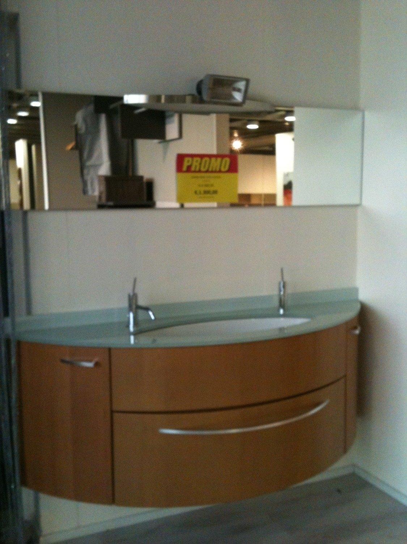 Arredo bagno prezzi scontati great mobile bagno con for Lavabo bagno prezzi
