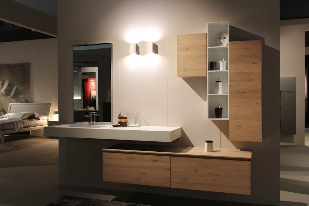 Bagno fenix in resina e rovere naturale arredo bagno a - Accessori moderni bagno ...