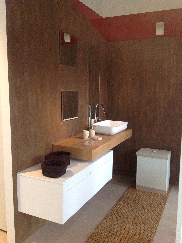Mobili bagno poco profondi latest mobile bagno sospeso cm con cassetti e lavabo in ceramica - Montaggio mobile bagno ...