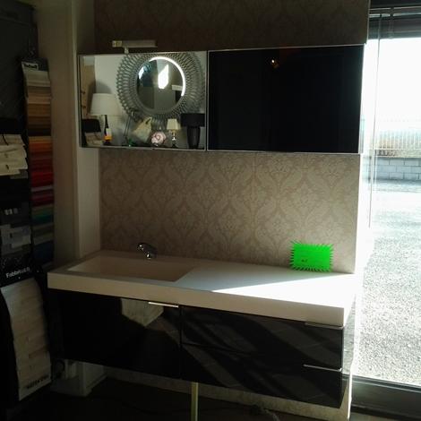 Bagno laccato nero lucido top lavabo korakril arredo for Lavabo bagno prezzi