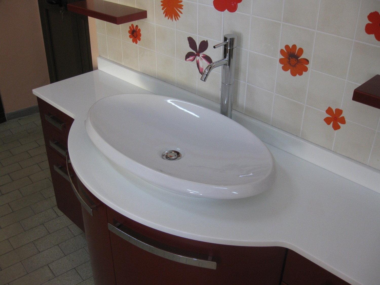 Vasca Da Bagno Prezzi Economici : Vasche da bagno angolari prezzi with vasche da bagno angolari
