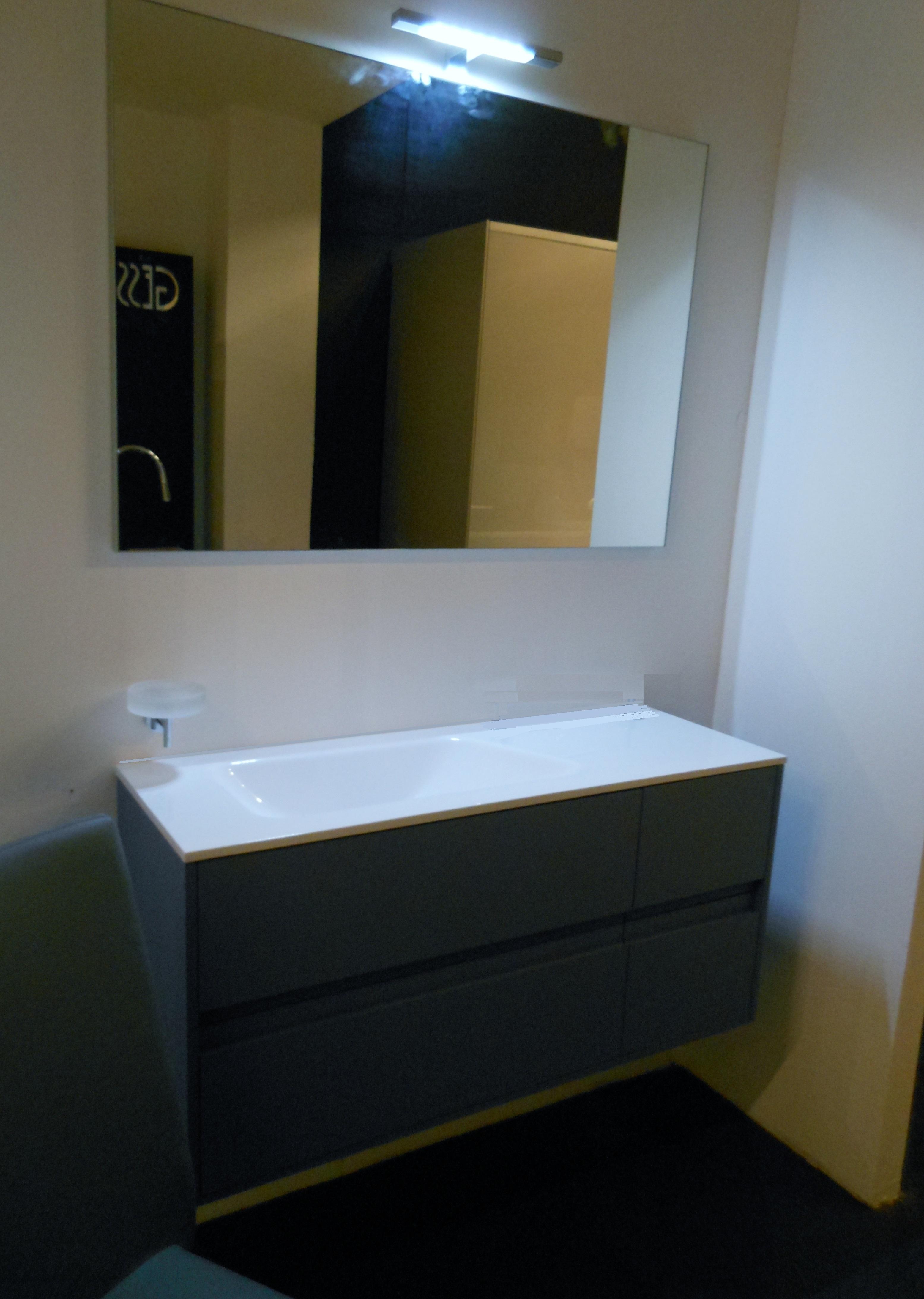 Mobili da bagno angolari mobili per bagno sospesi - Accessori bagno rustici ...