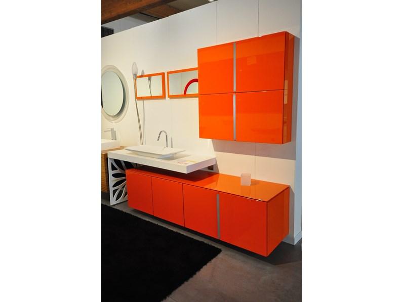 Mobile bagno design ovale con base lavello e colonna sospesi