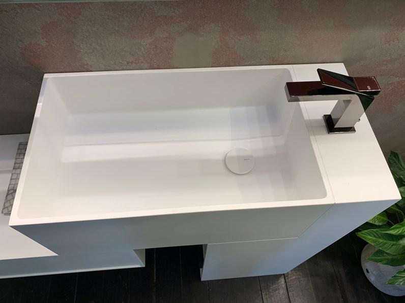 Mobile bagno a terra unico lavabo corian cassettiera for Mobile bagno lago prezzo