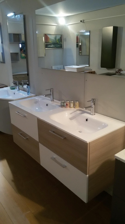 Mobile bagno con doppio lavabo arredo bagno a prezzi - Bagno doppio lavandino ...